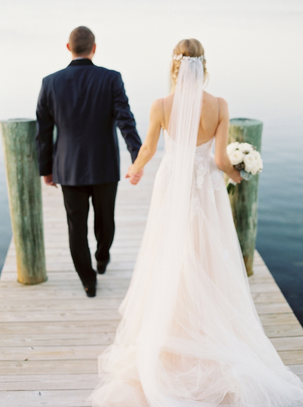 A Classic Bride and Groom | Islamorada Island Wedding in Florida by Shannon Moffit Photography