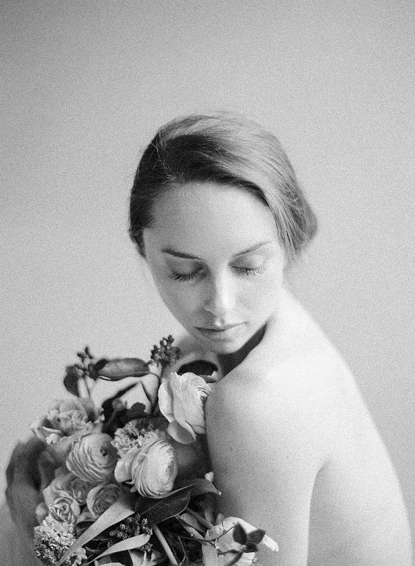 Black and White Portrait | Minimalist Bridal Ideas Inspired by Nature from Pavan Floral and Lauren Bledsoe