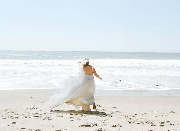 Bride on the Coast | Out Of Water Malibu Inspiration by Bonphotage Photography