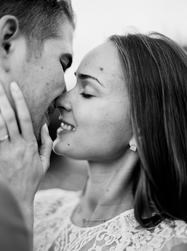 Black and White Bride and Groom Portrait   Understated Coastal Wedding Inspiration By Christie Graham Photography