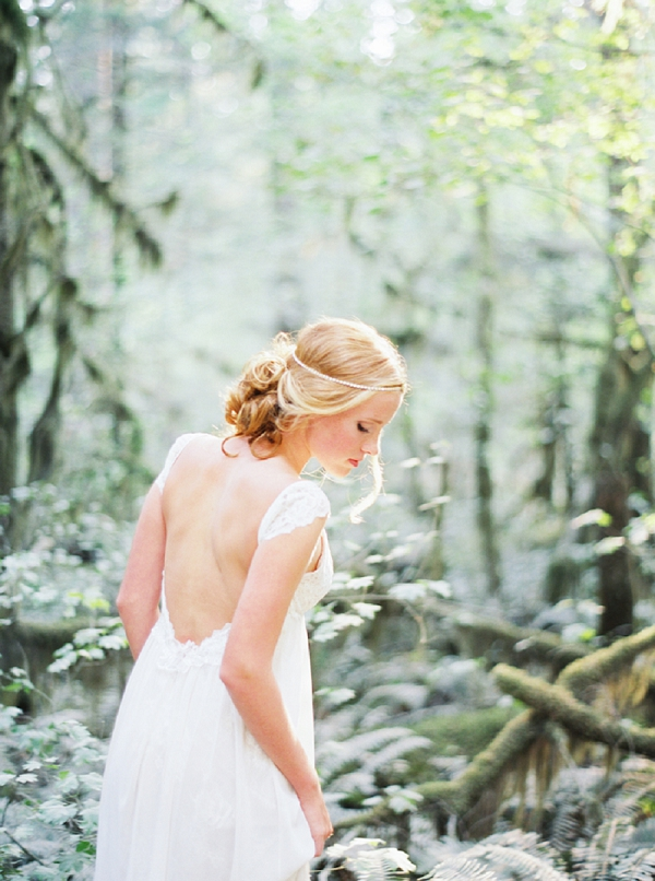 Bride | Organic Outdoor Bridal Inspiration by Anne Brookshire Photography