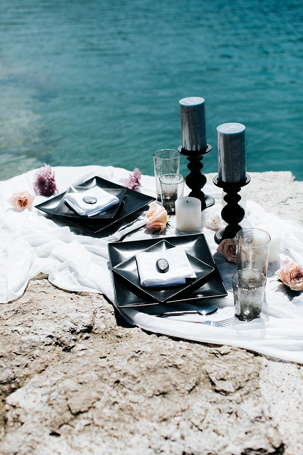 Black and Grey Palette | Sultry Summertime Elopement Inspiration by Leighanne Herr Photography