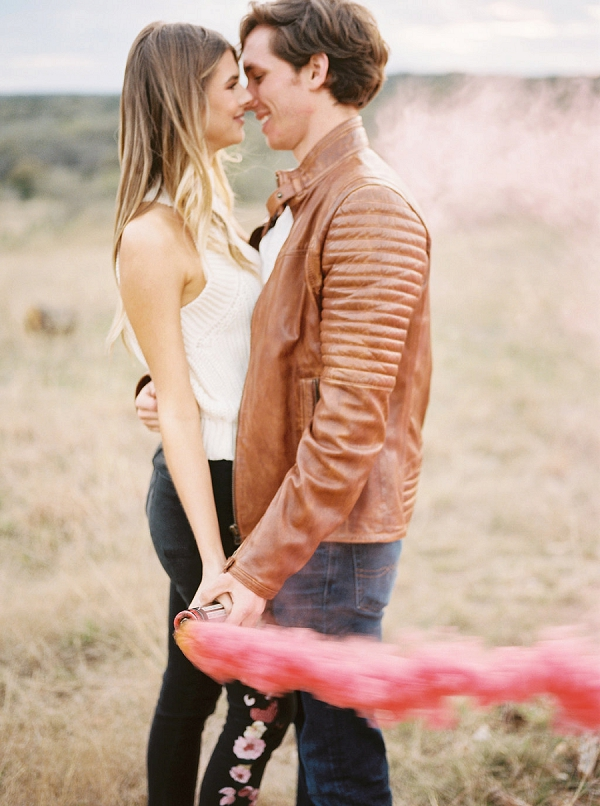 The Perfect Engagement Session | Sweet Outdoor Engagement Session from Feather & Twine Photography