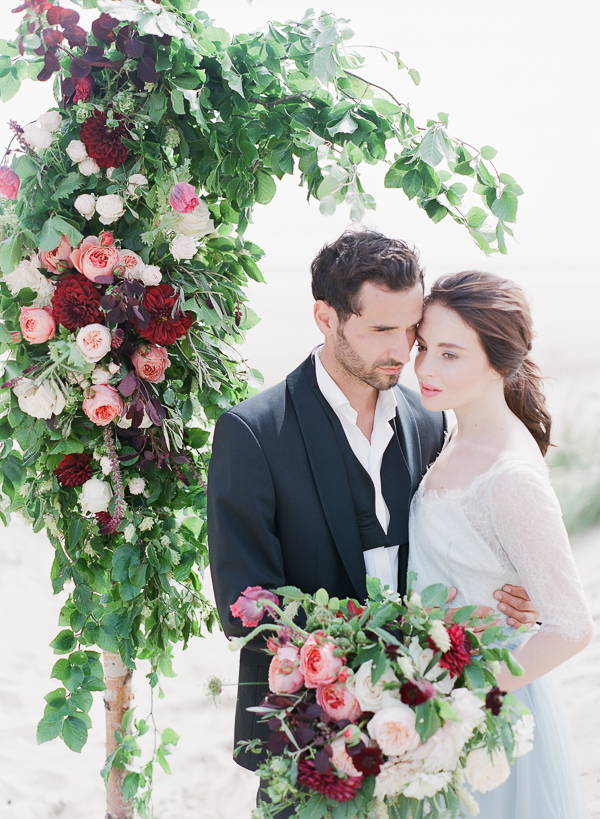 Bride and Groom   Romantic Coastal Editorial Inspired by Shakespeare from Julie Michaelsen Photography