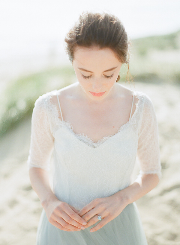 Elegant Bride   Romantic Coastal Editorial Inspired by Shakespeare from Julie Michaelsen Photography