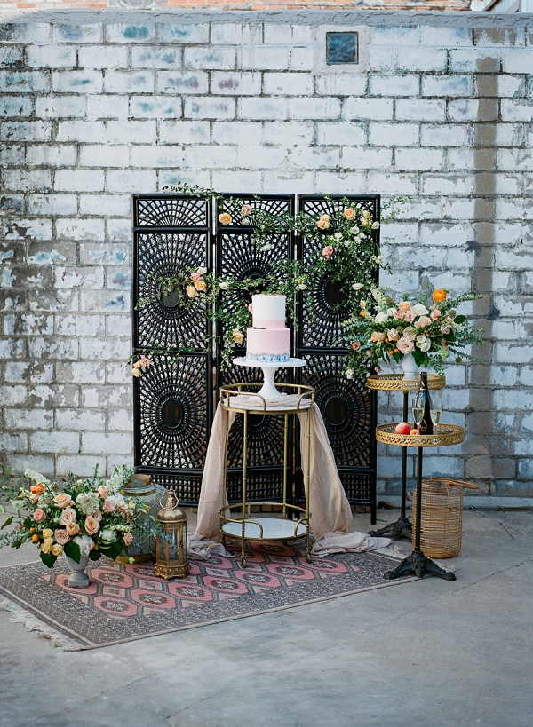 Summer Inspired Wedding Cake and Decor   Summer Wedding Inspiration With An Industrial Vibe from Kate Pease Photography and Grit + Gold Weddings