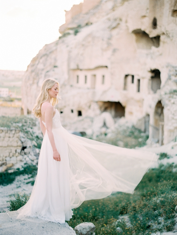 Britt | Truvelle 2018 Bridal Collection Lookbook by Blush Wedding Photography
