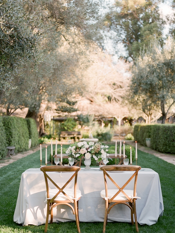 Romantic Tablescape | Secret Garden Wedding Insiration by Kate Anfinson Photography and Natalie Choi Events