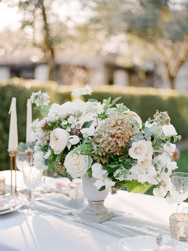 Centerpiece | Secret Garden Wedding Insiration by Kate Anfinson Photography and Natalie Choi Events
