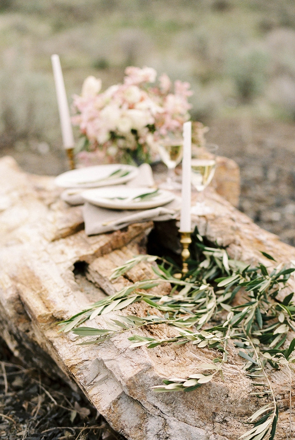 Romantic Candles | Desert and Sage Organic Wedding Inspiration from Kerry Jeanne Photography