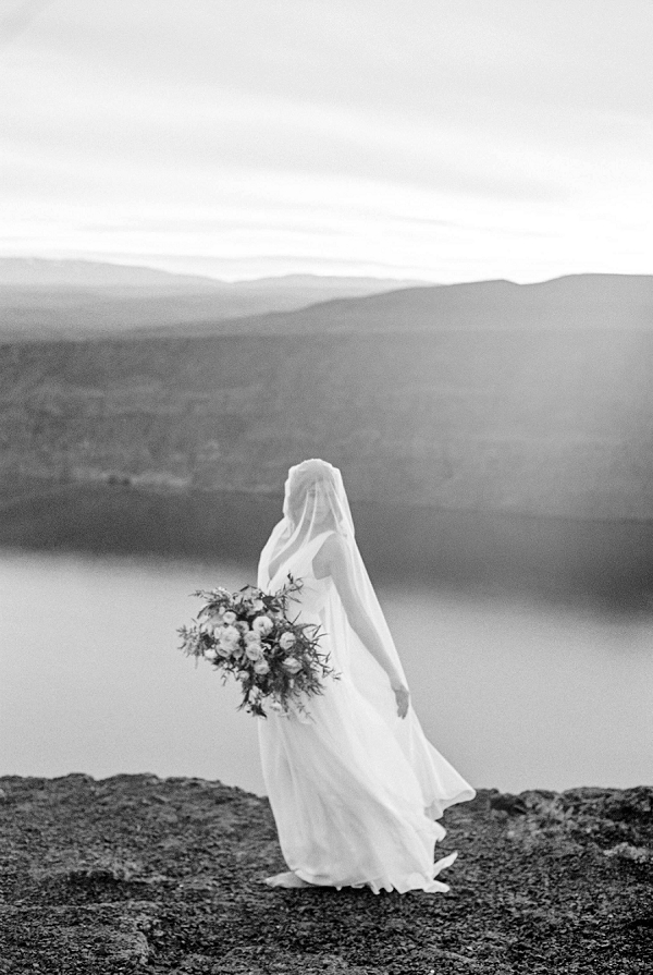 Black and White Bridal Portrait | Desert and Sage Organic Wedding Inspiration from Kerry Jeanne Photography