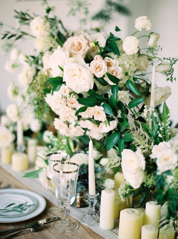 Floral Centerpieces | Elegant and Organic Wedding Ideas by Elyse Jennings Weddings and Greer Gattuso Photography