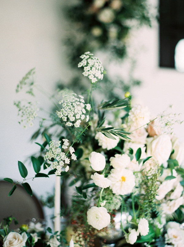 Classic White Blooms | Elegant and Organic Wedding Ideas by Elyse Jennings Weddings and Greer Gattuso Photography