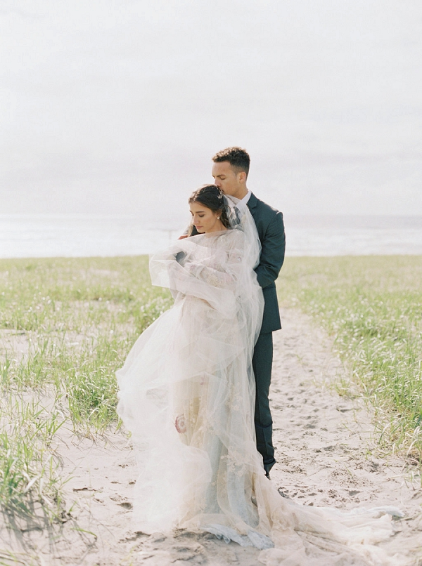 Bride and Groom | Romantic Wedding Inspiration on the Oregon Coast from Cassie Valente Photography