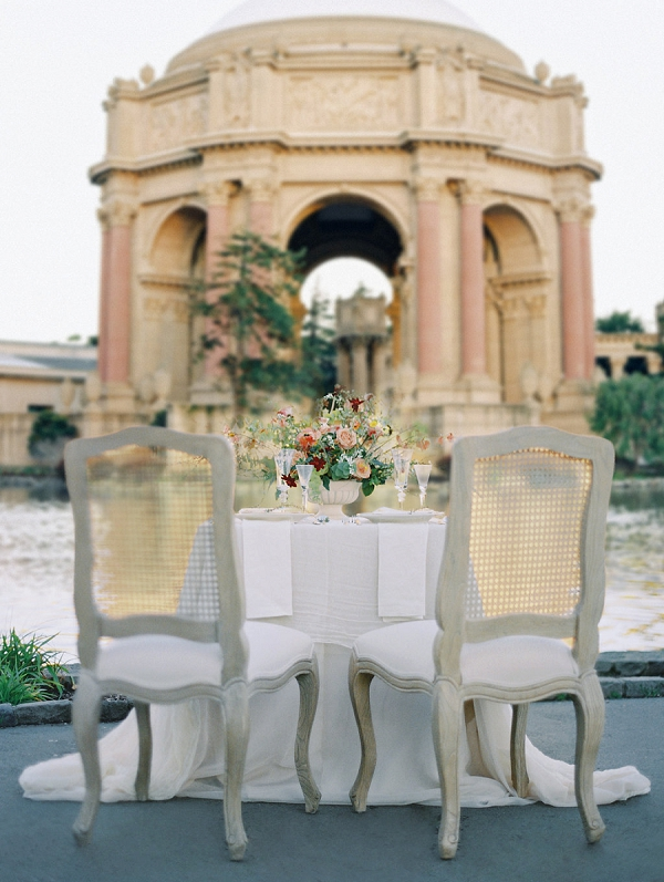 Intimate Wedding Inspiration | Palace of The Fine Arts Elopement Ideas by Ivory & Vine Event Co. and Stephanie Brazzle Photography