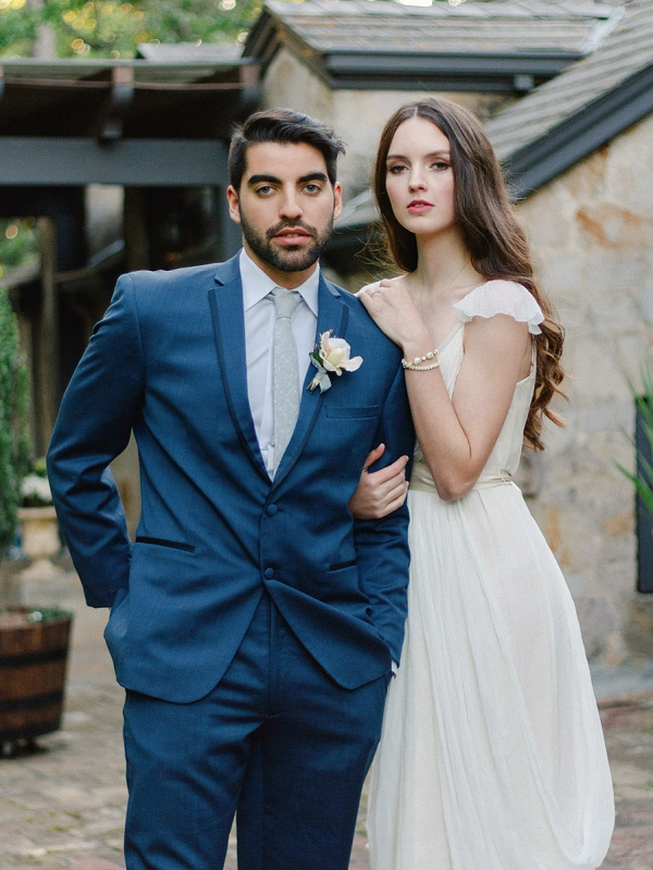 Modern Classic Bride and Groom Style | Romantic Whetstone Winery Editorial By © Justina Bilodeau Photography