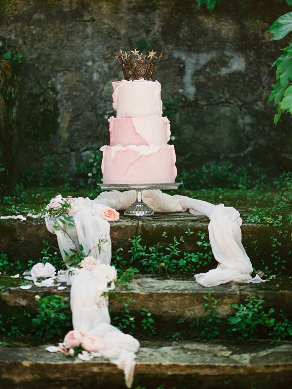 Crown Cake Topper | Romantic Whetstone Winery Editorial By © Justina Bilodeau Photography