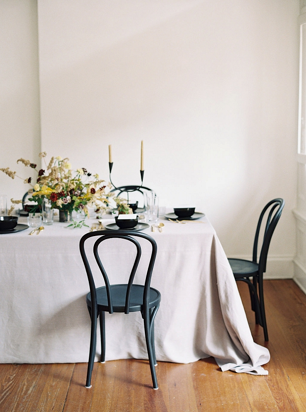 Simple Tablescape | Minimalist Modern Wedding Ideas From Gianny Campos