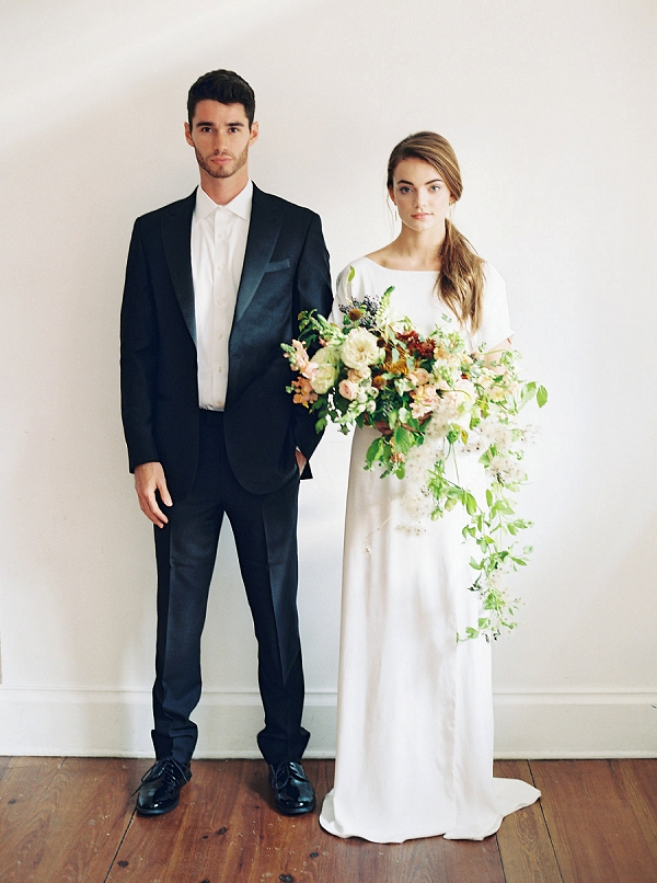 Contemporary Bride and Groom | Minimalist Modern Wedding Ideas From Gianny Campos