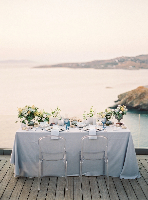 Beach Inspired Wedding Tablescape | Seaside Elopement Inspiration by Darya Kamalova of Thecablookfotolab