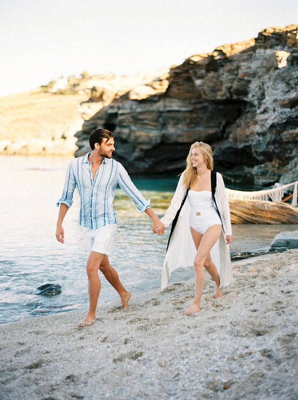 Beach in Greece | Seaside Elopement Inspiration by Darya Kamalova of Thecablookfotolab