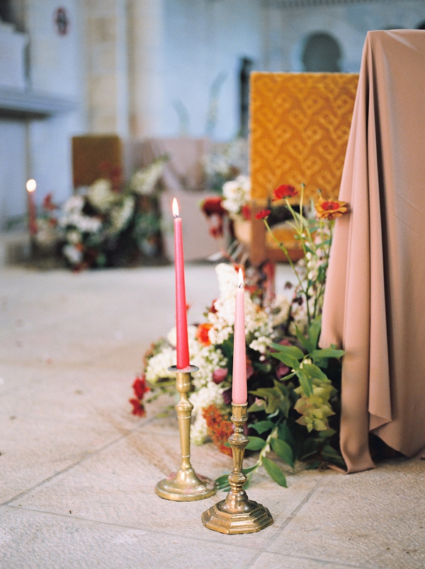 Aisle Decor with Candles and Flowers | Jenzel Velo Photography from the Sylvie Gil Workshop in France