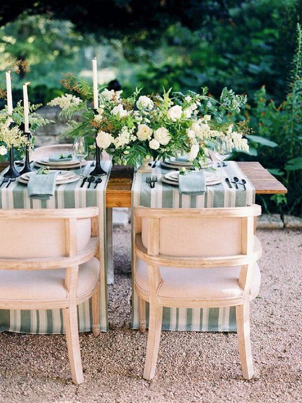 Tablescape with Striped Runners | Summer Wedding and Engagement Ideas with Stripes