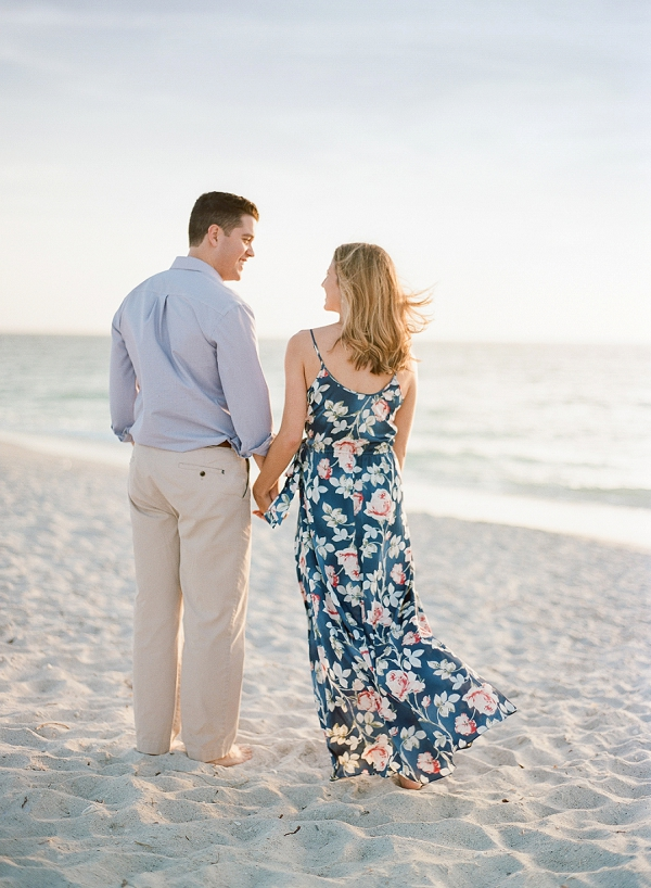 A Sweet and Romantic Engagement Session | Boca Grande | The Ganeys